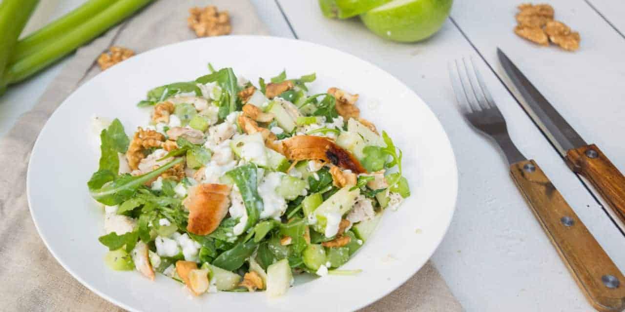 Waldorfsalade in gezond jasje
