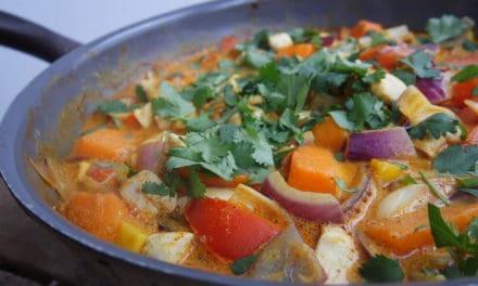Supersnelle overheerlijke kip curry