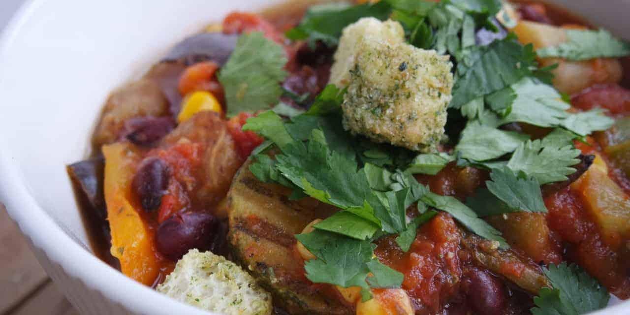 Pittige bonensoep vol met groente