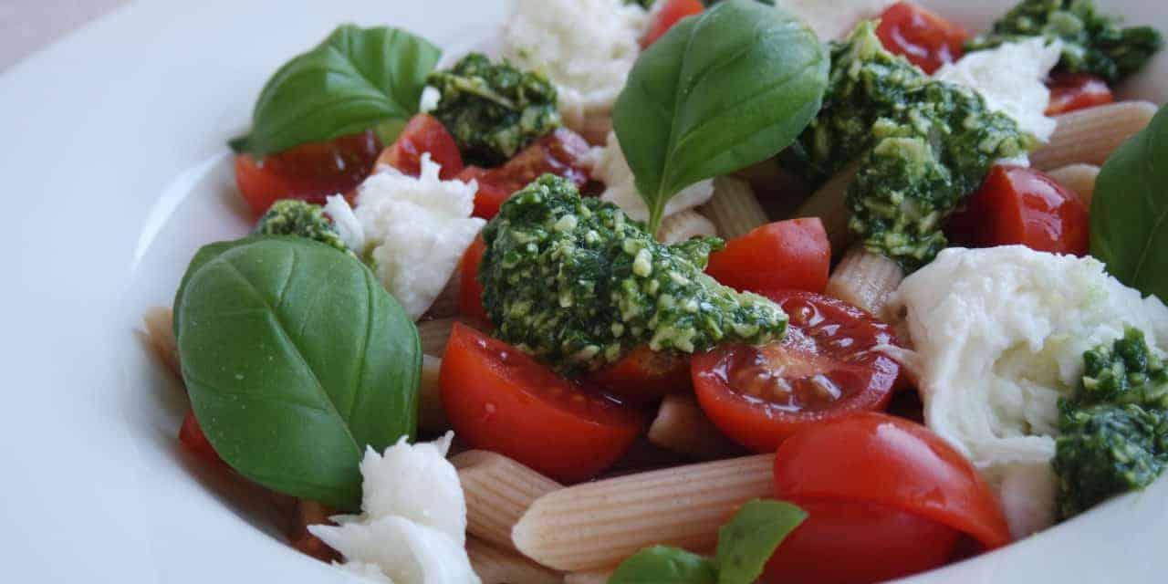 Pasta mozzarella salade