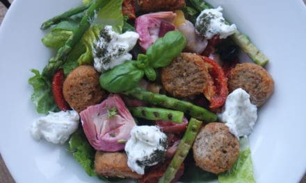 Pittige falafel salade met artisjok