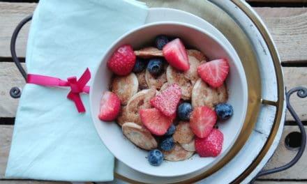 Poffertjes met fruit en kokosbloesemsuiker