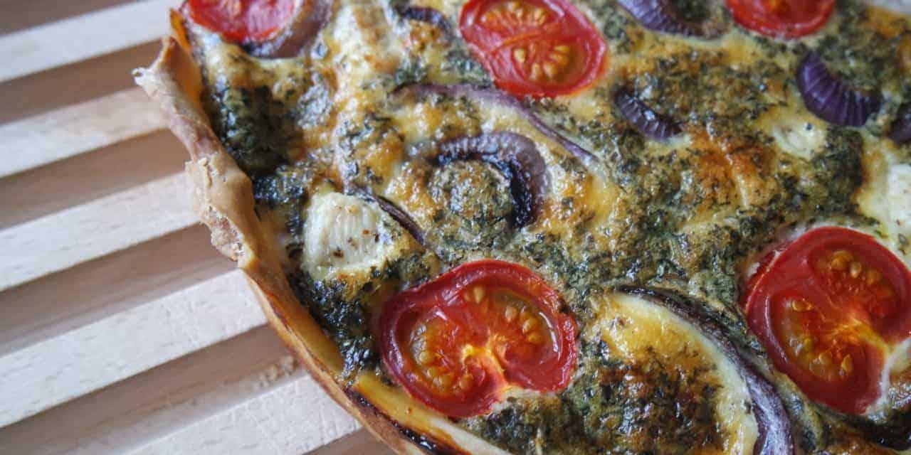 Italiaanse quiche met kip en tomaat