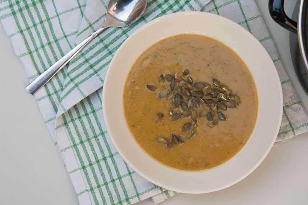 zoete aardappel-broccoli soep