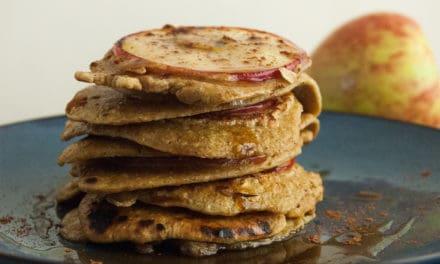 Pannenkoekjes met appel en kurkuma