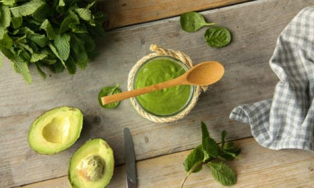 Frisse avocado smoothie met munt