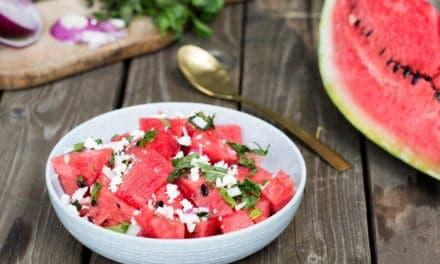 Frisse watermeloen salade voor bij de BBQ!