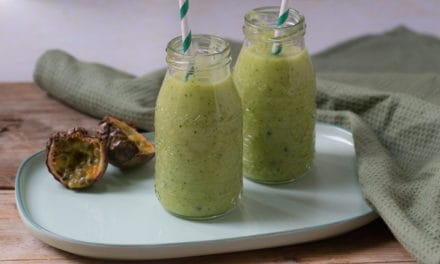 Groene smoothie met courgette en ananas