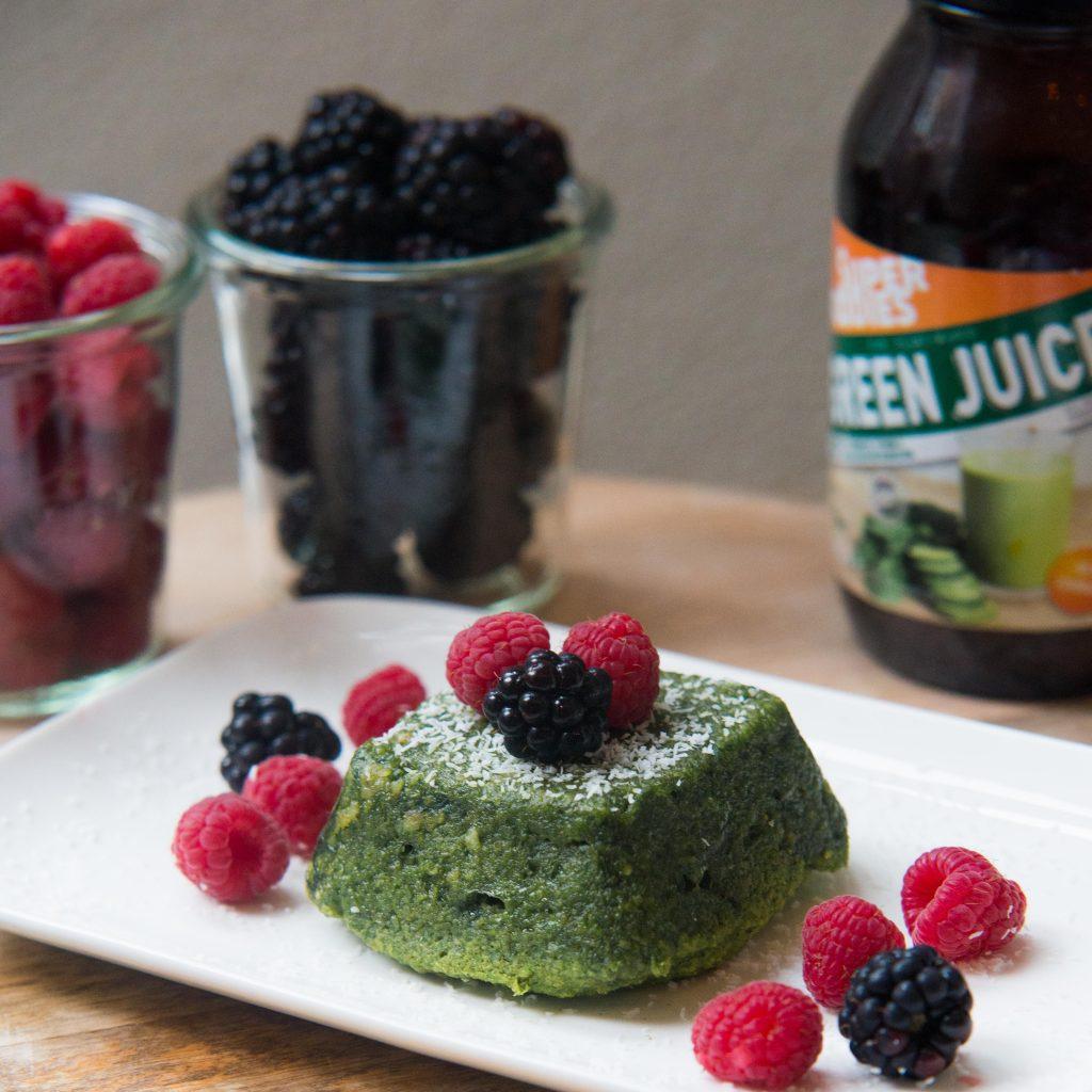 Superfoodies Green Juice, Green Juice, groene mugcake met banaan en kokos, mugcake