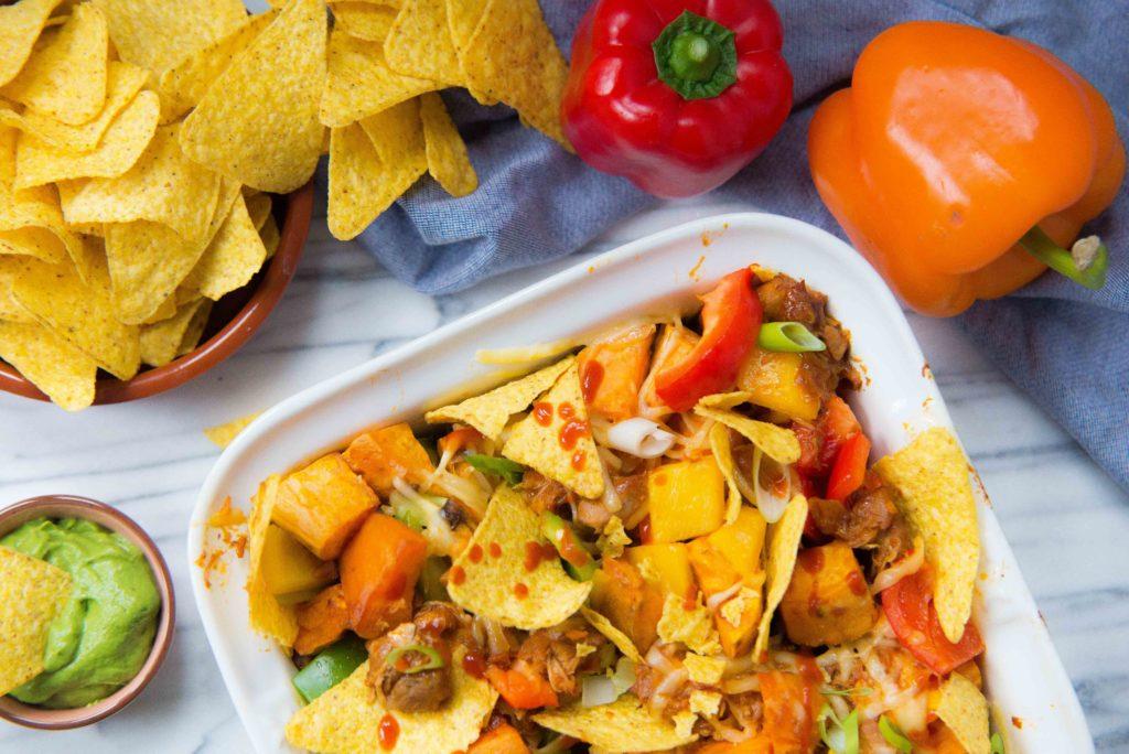 nacho's uit de oven, pulled chicken, zoete aardappel